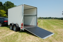Sirius Kargo trailer G305 tandemas